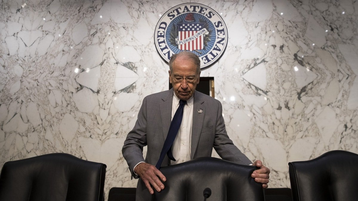 GRASSLEY: Mueller's Russia Probe Will Wrap-Up 'Within a Month' | Sean Hannity