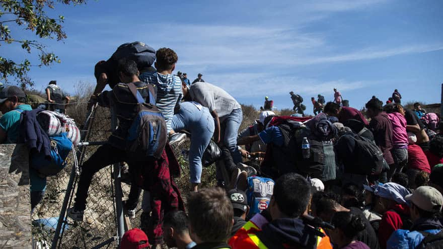 Partner Content - BORDER CHAOS: DHS Confirms Arrest of 3,000 Migrants in 24 HOURS
