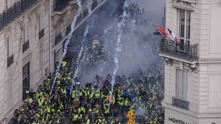 Partner Content - CHAOS IN PARIS: French Capital ROCKED by Anti-Macron Protests, 'Hundreds' Arrested