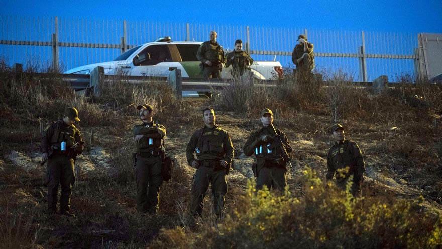 Partner Content - BORDER CRISIS: Federal Agents Arrest FOUR HUNDRED Migrants in FIVE MINUTES near El Paso